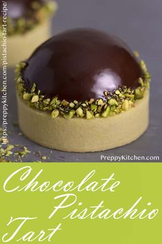 Looking for easy pistachio desserts? This chocolate pistachio tart is a decadent dessert recipe that is simply irresistible Looking for easy pistachio desserts? This chocolate pistachio tart is a decadent dessert recipe that is simply irresistible Pistachio Tart Recipe, Pistachio Dessert, Tarts Recipe, Fancy Desserts, Just Desserts, Delicious Desserts, Sweet Desserts, Fancy Chocolate Desserts, Desert Recipes