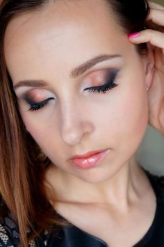 Summer party makeup! #eyemakeup #eyes #smokyeye  - For more beauty looks goto bellashoot.com  share yours!