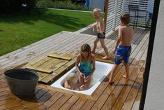 cheap DIY ideas to make your own sandpit water slide or slide Mamal Liefde nl - Backyard landscaping designs, Garden inspiration, Backyard landscaping, Outdoor gardens, Diy garden - Pergola Diy, Diy Patio, Small Pergola, Pergola Garden, Pallets Garden, Pergola Ideas, Sand Pit, Backyard Playground, Backyard Games