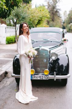 This wedding brings me vintage vibes🎩 Vintage Vibes, Retro Vintage, Got Married, Getting Married, Retro Fashion, Vintage Fashion, Greece Islands, Photography Services, Athens