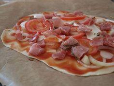 Pizzateig dünn und knusprig bekommen - so gehts!