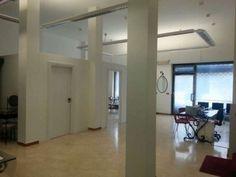 Rif. EK-1630541 Ufficio-negozio di 140mq completamente ristrutturato