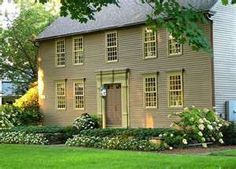 i love colonial style homes - this is my favorite of all time - look at the door!!!