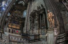 #milano #milan #catedral #duomo #piazza @photournalism photournalism.com