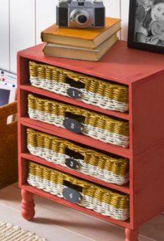 Create this cool wicker drawer organizer for your modern or rustic home -- so easy :)
