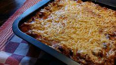 Lasagne met heel veel lekkere groente. Als je hem eenmaal op deze manier maakt .. dan wil je niet meer anders. Lekker koken in je eigen keuken!