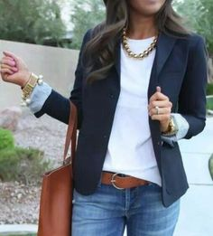 GAP Academy Blazer Navy - Ponte Knit The Effective Pictures We Offer You About pink Blazer Outfit A quality picture can tell you many things. You can find the most beautiful pictures that can be prese Navy Blazer Outfits, Jeans And T Shirt Outfit, Look Blazer, Blazer With Jeans, Blazer Fashion, Fashion Outfits, Blazer Dress, Fall Blazer, Casual Blazer Women