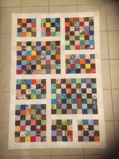 Scrappy Baby Quilt Quilting For Beginners Made Easy Quilting for beginners may be a a laugh hobby. Scrappy Quilt Patterns, Scrappy Quilts, Easy Quilts, Strip Quilts, Patch Quilt, Quilt Blocks, Patchwork Vol D'oie, Quilting Projects, Quilting Designs