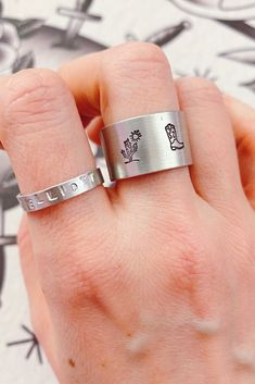 Western Rings, Western Jewelry, Boot Jewelry, Jewellery, Equestrian Jewelry, Jewelry Tattoo, Initial Jewelry, Ring Crafts, Cowboy Boot