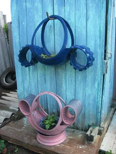 Articles made of old tires