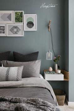 Chủ đạo cho căn phòng ngủ là màu xanh tràm.  #Hungtano