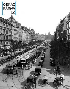 051 - Fotografie Staré Prahy Prague Photos, Heart Of Europe, Old Photography, Old Paintings, More Pictures, Czech Republic, Time Travel, Old Photos, Paris Skyline