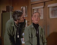 Recap of M*A*S*H Season 10 Episode 20 (S10E20) - 26 Comedy Acts, Hawkeye, Going Crazy, Acting, Seasons, Seasons Of The Year