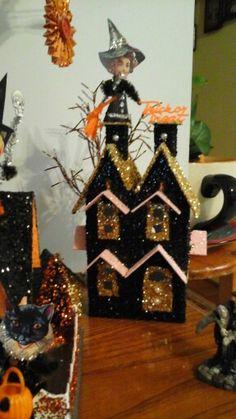 Little black and gold Halloween glitter house
