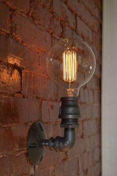 Industrielle Wandleuchter  SteampunkWandlampe  von WestNinthVintage