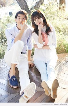 According to contact lenses brand Acuvue, Song Joong Ki and Han Hyo Joo are a perfect couple, if their compatibility is based on the shape of their eyes an Han Hyo Joo, Descendants, Korean Actresses, Korean Actors, Song Joong Ki Photoshoot, Soon Joong Ki, Decendants Of The Sun, Sun Song, Songsong Couple