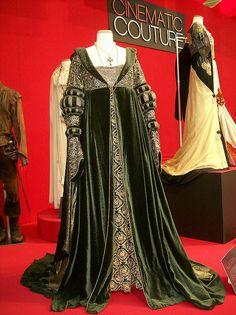 #Angelica_Houston 's Renaissance costume from #Ever_After #film #costume #renaissance #costume #fashion #cinderella