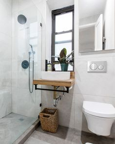 After contemplating between various options for their guest bath, these renovators settled on finishes they felt would be unique, efficient, and spa-like ✨ Swipe to see the before 🤗 Bathroom Renovations, Bathrooms, Washington Heights, Guest Bath, Clawfoot Bathtub, Open Concept, New Kitchen, Fixer Upper, Storage Solutions