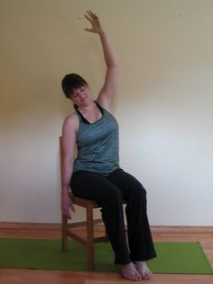 67 beste afbeeldingen van yoga op een stoel / chair yoga