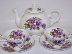 purple, pansies, and tea! can life get any better than this?