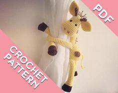 Giraffe curtain tie back crochet PATTERN tieback left or