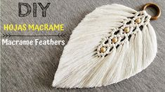 DIY Macramé Coaster - Free Online Videos Best Movies TV shows - Faceclips Macrame Wall Hanging Diy, Macrame Art, Macrame Projects, Magic Knot, Rope Crafts, Micro Macramé, Macrame Design, Macrame Tutorial, Paracord Tutorial
