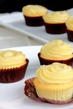 Try with Bingley's Teas, Compassion for Mrs. Bennet's Nerves chamomile and lavender tisane. #afternoontea Chamomile Lemon Cupcakes with Honey Buttercream Frosting