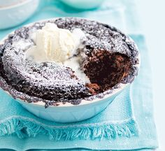 Self-saucing chocolate pudding - Healthy Food Guide