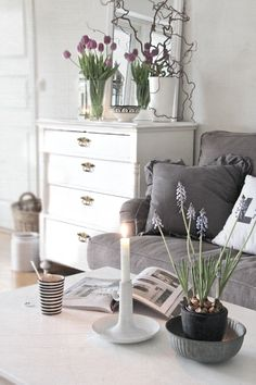 Love this style. The striped cup really stands out to me for some reason. Love striped accents!