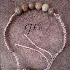 Handmade macrame bracelet with beads Unakitan