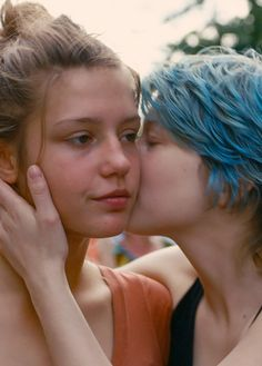 2013 - La Vie d'Adèle/Blue Is The Warmest Colour - Adèle Exarchopoulos, Lea Seydoux Amor Yuri, Lea Seydoux Adele, Lgbt, Below Her Mouth, Adele Exarchopoulos, Blue Is The Warmest Colour, French Movies, Romantic Movies, Lesbian Love