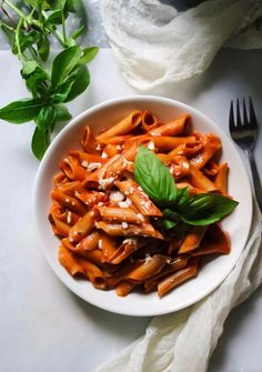 Back in Lebanon, this used to bemy favorite meal to order at Italian restaurants, yes we do have the best Italian restaurants in Lebanon.It is spicy, garlick