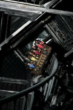I screamed the whole time and grabbed a lady I did not know:(     <<<bahahahaa but i need to try this ride next time!!