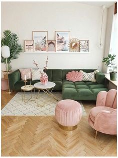 Small Space Living Room, Living Room Green, Living Room Sofa, Home And Living, Pastel Living Room, Green Living Room Ideas, Green Rooms, Living Room Goals, Colourful Living Room