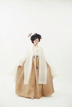 한복 More: korean Asian dress traditional Korean Traditional Dress, Traditional Fashion, Traditional Dresses, Korean Dress, Korean Outfits, Ethnic Fashion, Asian Fashion, Modern Hanbok, Korean Design