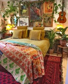 34 Beautiful Bohemian Bedroom Decoration You Will Love Bohemian Bedroom Design, Bohemian Decor, Bohemian Curtains, Aesthetic Bedroom, Bedroom Styles, My New Room, Home Decor Bedroom, Bedroom Ideas, House Colors
