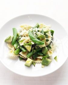 This was SO good. I didn't have any Aparagas, but still so yummy!  Asparagus, Snap Pea, and Avocado Pasta