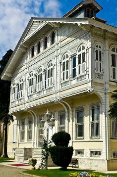Yıldız Sarayı Şale Köşkü - Beşiktaş - İstanbul.