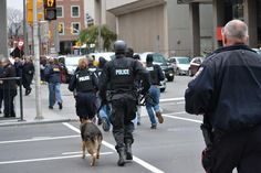 CNN Breaking News @cnnbrk  ·  Oct 22  Image from @kellyhobson shows police running to search buildings in downtown Ottawa.