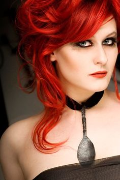 Sonja Kraushofer of L'Âme Immortelle - love her voice Red Sonja, Strawberry Blonde, Beautiful Redhead, Famous Artists, Goth Girls, Auburn, Beautiful Creatures, Red Hair, Redheads