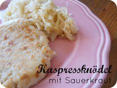 From Veggie to Vegan: Kaspressknödel mit Sauerkraut