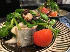 秋刀魚のコンフィとフルーツトマトのサラダ