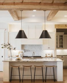 The Isle Home - Sunday Scroll #whitekitchen / Design Ideas