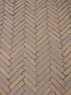 Opus spicatum - Walls (and floors) made of quite small elongated tiles, laid in a fishbone pattern