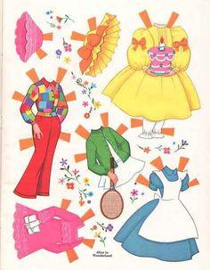 Здесь Вы можете скачать и распечатать для игр бумажных кукол. Сейчас очень большое разнообразие бумажных кукол для вырезания. В этой подборке Вы найдете куколок на любой вкус и возраст ребенка. Для девочек естькуколки в виде детей, балерин, фей. А ...