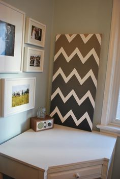 DIY ombre chevron on canvas. Would look beautiful in shades of teal, coral or ccranberry.