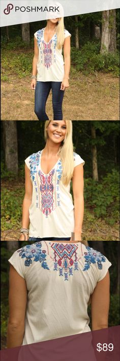 Johnny Was Deep Scoop Tee Johnny Was deep v neck tee in light beige color! NWT 🌸 Johnny Was Tops