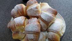 Croissante pufoase. – Lorelley.blog Cookie Desserts, No Bake Desserts, Dessert Recipes, Baking Desserts, Brunch Menu, Croissants, Deserts, Good Food, Food And Drink
