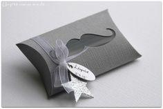 Boîte pour dragées thème Moustache gris plume : Autres bébé par un-p-tit-oiseau-m-a-dit