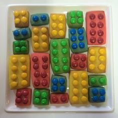 Lego biscuits for a Lego party!